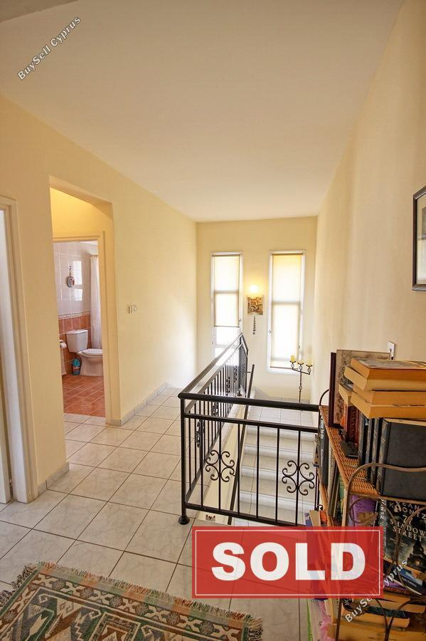 3 Bedroom Semi Detached House To Rent Rose Gardens: 3 Bedroom Semi-detached House For Sale In Kato
