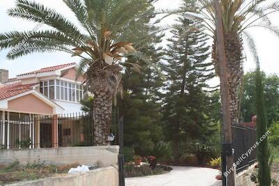 4 bedroom bungalow for sale geroskipou paphos 227584 image 235678